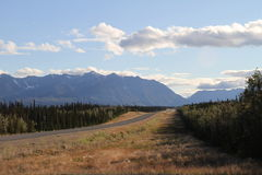 Endless highway / alaska Royalty Free Stock Photography