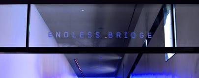 Endlose Brücke lizenzfreie stockbilder