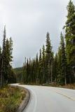 Endlose Straßen in Banff Stockbild