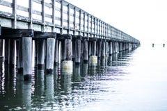 Endloser Fischen Pier Lizenzfreies Stockfoto