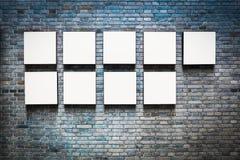 Endloser Rahmen in einer Ausstellungswand Stockbild