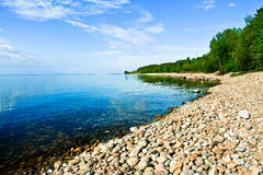 Endloses Ufer von Baikal lizenzfreies stockbild
