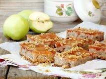 Endureça com maçãs, geleia, flocos caramelized Foto de Stock