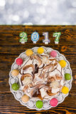 Endureça para o ano novo e o Natal, velas próximas número 2017 Fotografia de Stock Royalty Free