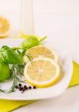Eneldo Basil Dressing del limón Fotografía de archivo