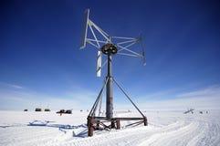Energía eólica antártica Imágenes de archivo libres de regalías