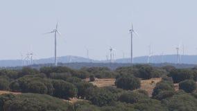 Energía eólica en el desierto de España metrajes
