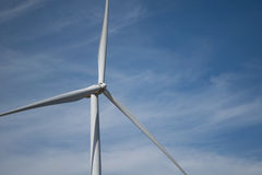 Energía eólica en la montaña Foto de archivo