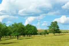Energía limpia, energía eólica Fotos de archivo libres de regalías