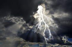 Energía pura y electricidad que simbolizan poder Fotografía de archivo libre de regalías