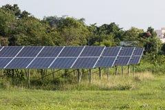 Energía verde de la luz del sol de la célula solar Fotos de archivo libres de regalías