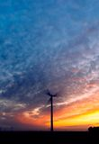 Energía y puesta del sol imagen de archivo