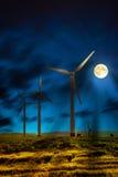 Energía eólica en la noche Foto de archivo libre de regalías