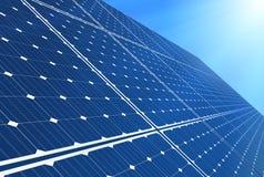 energetyczna ręka odizolowywający panelu słoneczny słońca biel ilustracja wektor