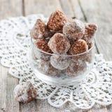 Energetyczni cukierki z owsów płatkami i wysuszonymi owoc Obraz Royalty Free