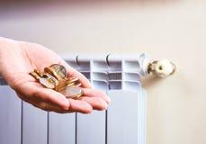 energetyczny dostosowanie grzejnik save Save energię i pieniądze pojęcie Obraz Stock