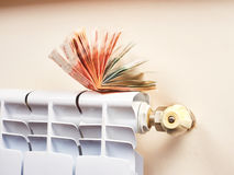 energetyczny dostosowanie grzejnik save Save energię i pieniądze pojęcie Zdjęcie Royalty Free