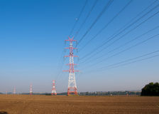 energi lines överföringen Arkivbilder