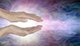 Energia curativa sviluppantesi a spirale di Manica di vortice immagine stock