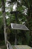 Energia derivata dalle celle fotovoltaiche per un ambiente sicuro e compatibile con la natura fotografie stock libere da diritti