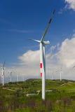 Energia di vento, turbina bianca Fotografie Stock Libere da Diritti