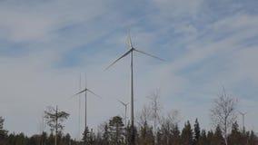 Energia nel più forrest creato dalle turbine video d archivio