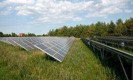 Energia renovável: painéis solares Foto de Stock Royalty Free