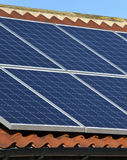 Energia solare - riscaldamento nazionale Fotografia Stock Libera da Diritti
