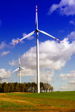 Energia verde - turbina de vento Imagens de Stock Royalty Free