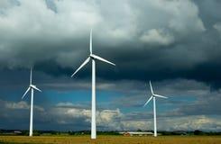 Energias eólicas nubladas Foto de Stock Royalty Free