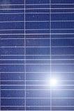 Energias solares fotovoltaicos industriais da instalação Foto de Stock