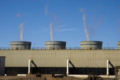 Energie-Becken und Rohre Lizenzfreie Stockfotografie