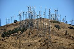 Energie von morgen: Windmühlen Lizenzfreie Stockfotografie