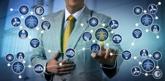 Energieproduzent Activating Electrical Microgrid Lizenzfreie Stockfotografie