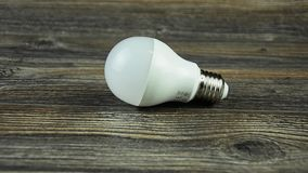 Energooszczędnej lampy dowodzona żarówka żarówka prowadzący światło zdjęcie wideo