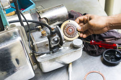Enevoar-se faz à máquina o equipamento para usar-se para o mosquito do Aedes das matanças Fotografia de Stock