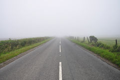 Enevoe, na estrada, o sudoeste Inglaterra Imagem de Stock Royalty Free