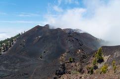 Enevoe sobre os vulcões, Ruta de los Volcanes, La Palma Fotografia de Stock Royalty Free