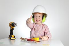 Enfant à la santé et sécurité professionnelle de travail images libres de droits
