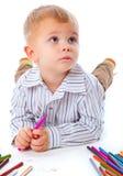 Enfant avec des crayons photographie stock libre de droits