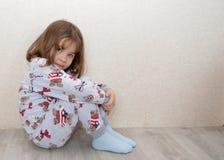 Enfant, bébé, mignon, peu, portrait, enfant, enfance, garçon, heureux, s'asseyant, enfant en bas âge, blanc, petit, jeune, les ge photos stock