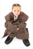 Enfant dans le procès surdimensionné images libres de droits