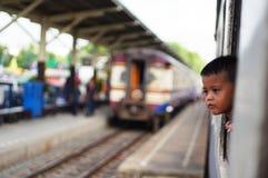 Enfant dans trian Photos libres de droits