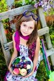 Enfant dans un beau jour d'été Image stock