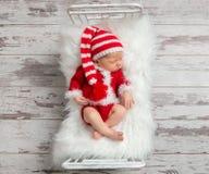 Enfant dans un costume de Noël, topview image libre de droits