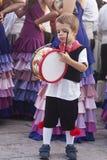 Enfant de groupe folklorique sicilien Images stock