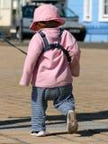 Enfant en bas âge attaché photographie stock libre de droits