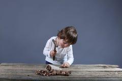 Enfant en bas âge de casse-noix Image stock