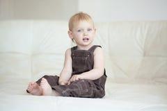 Enfant en bas âge Image libre de droits