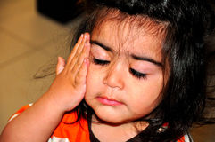 Enfant en sommeil Images stock